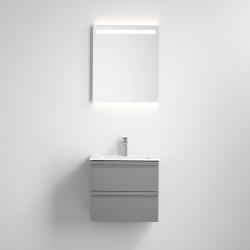 komplet baderumsmøbel med vask, skab, og LED spejl.